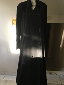 Women Abaya in different style never worn, still has tag on it