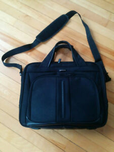 Samsonite checkpoint friendly laptop bag