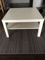Ensemble de 2 tables de salon Ikea blanches