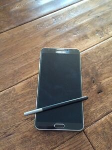 Samsung galaxy note 3 in mint .