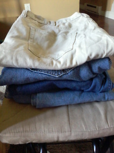 4 pairs 44 × 32 mens jeans