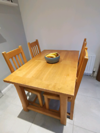 Solid oak dining kitchen table