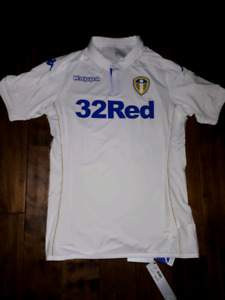 Leeds United player issue soccer jersey