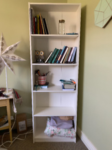 Shelf unit / Bookcase