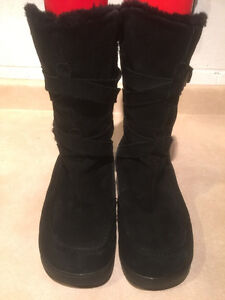 Women's Black Leather Winter Boots Size 9 London Ontario image 4