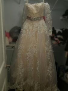 Wedding Dress For Sale!