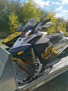 For sale Skidoo XP