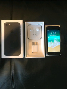 IPhone 7 128 GB IN MINT CONDITION FACTORY UNLOCKED FIRM PRICE!!