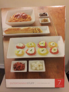 7 PC Serving Set - (NEVER USED)