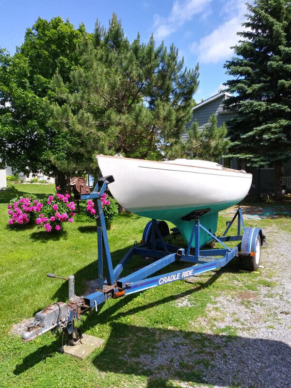Sailboat with trailer McVay Minuet 19' with full keel