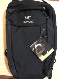 Arcteryx Blade 24 Backpack Old stock