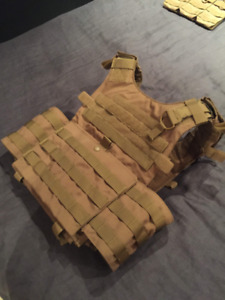 Neuf / Airsoft / Gunner plate carrier Condor - coyote