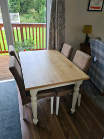 As good as new dining table set