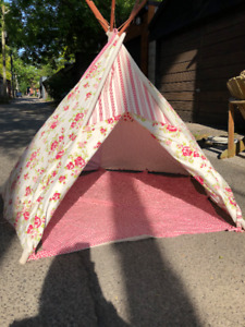 Childs fabric Teepee tent - indoor or outdoor for summer fun!