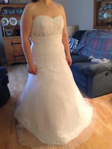 Wedding & Formal/Prom Dresses