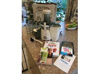 Retro Super Fast Juicer in Cream Plus Juicing Books, DVD & 14 Glass Bottles