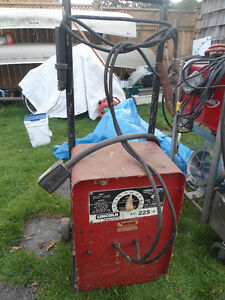 Lincoln Welder AC-225-S Cambridge Kitchener Area image 2