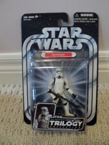 Star Wars Trilogy Stormtrooper with base *NEW IN BOX*
