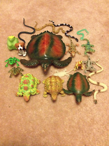 Rubber/plastic snakes, turtles, lizards, crocs... $10 entire lot
