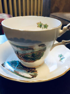 Vintage Niagara Falls teacup and saucer