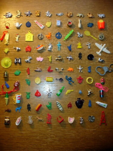 Lot of 100 Vtg Plastic Charms/ Cracker Jack /Gumball /Trinkets /Prizes /Toys+ Ex