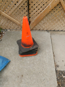 """18""""Construction safty cones"""