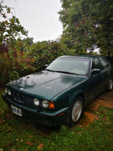 1992 BMW 525i ORIGINAL PAINT, MINT INTERIOR