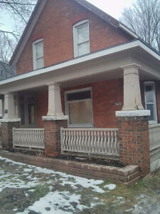 One room in a two bedroom duplex home Orillia move in June 1st,