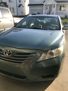 2007 Toyota Camry LE $6500!