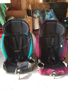 Two Evenflo Carseats