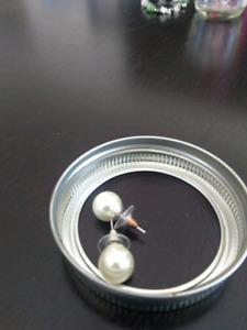 Boucles d'oreilles en perle -5$
