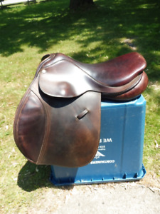 County Stabilizer Jump Saddle - 16 1/2 M