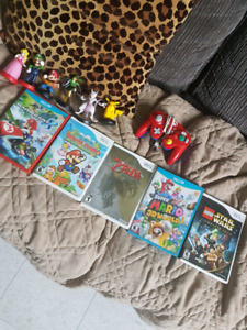 Wii and wii U games and controller(read description)
