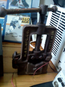 Old pipe Clamp