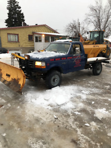 1997 Ford F-350 saleuse pelle a neige fisher Camionnette