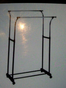 Adjustable two tier clothing rack