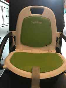 LIKE NEW! PEG PEREGO FOLDING BOOSTER CHAIR