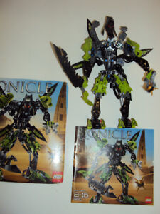Bionicle Tuma (8991), comes with booklet