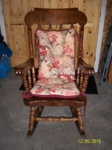 Rocking Chair solid pine