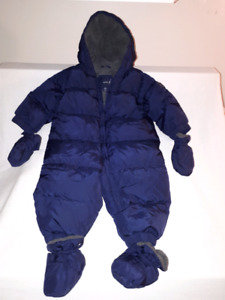 Baby Snowsuits,Bunting Bags,CarSeat Cozy,Gap,Mountain Equip Coop