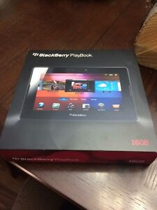 PRICE REDUCED Blackberry Tablet 16 GB