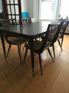 Mid-Century Teak Walter of Wabash Dining Room Table + Chairs