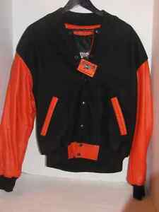 MENS SZ M/M BLACK WOOL AND ORANGE COAT