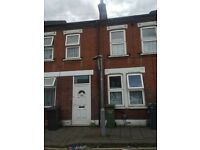 3 Bedroom Flat for Rent in BURY PARK AREA