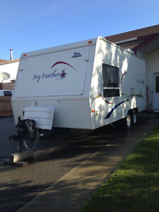 Beautiful well-maintained Jayco Feather