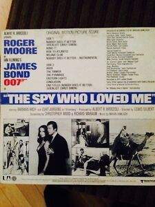 James Bond the spy who loved me LP Gatineau Ottawa / Gatineau Area image 2