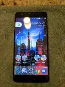 Flawless condition Oneplus 3 w/rosewood case & extra tempered
