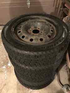 Snow tires with rims Cooper Weather Master 205/65/16