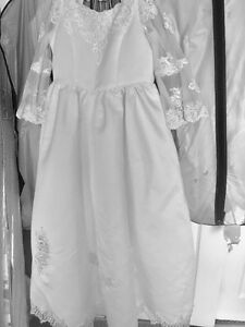 Girls White Wedding Party/Communion Dress for Sale