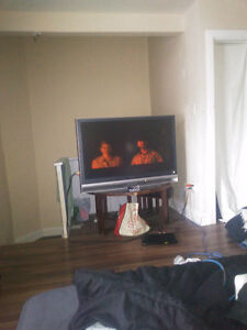 42-46 inch sony TV with remote works perfect